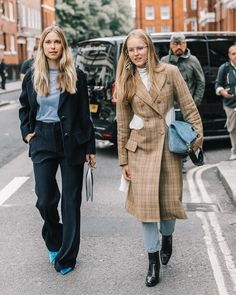 """981 Likes, 5 Comments - Diego (@collagevintage2) on Instagram: """"Pernille and Alex, London #streetstyle #lfw + @voguespain"""""""
