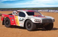 TEAM ASSOCIATED SC10 RS TOYOTA RACING RTR SHORT COURSE TRUCK