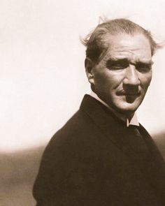 Ulu Önder Mustafa Kemal Atatürk'ün aramızdan ayrılışının 80. Yılında kendisini saygı, sevgi ve özlemle anıyoruz. #mustafakemalatatürk…