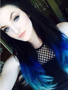 cabello-colores-azul con verde aqua degradado