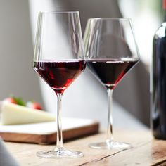 Schott Zwiesel Pure Red Balloon & Goblet. Specifically designed to enhance light to full-bodied Pinot Noirs, Merlots, Cabernets and Zinfandels, the aptly named Pure Collection is crafted from lead-free crystal by famed German glassmakers Schott Zwiesel. With brilliant clarity and durability, the collection features a modern conical flare that helps big-flavored wines open up quickly. Plus, it's dishwasher-safe and resistant to breaking and chipping—pure genius.