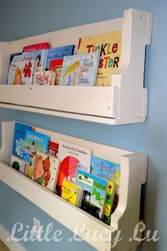 From pallet to hanging bookshelf...Even cuter than using IKEA spice racks!
