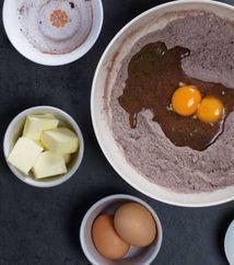 طريقة عمل كيكة الشوكولاته بالصور خطوه بخطوه Desserts Food Pudding