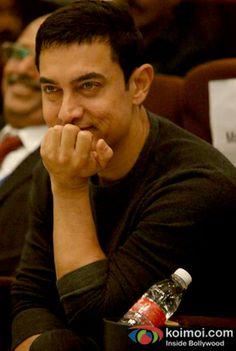 Aamir Khan To Go Nude In P.K.