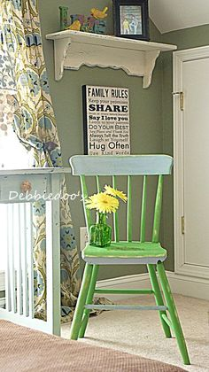 kitchen or bathroom chair painted & distressed with chalk paint DIY - lovely 2-tone effect