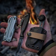 Backpacking Gear List, Edc Gear, Knives, Blade, Knife Making, Knifes, Llamas