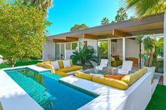 17 Marvelous Outdoor Living Space Design Ideas