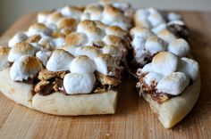 The food resource for our generation(peanut butter smore pizza)