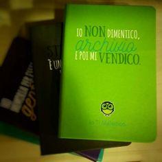 #iotimaledico #frasi #agenda #diario #dilibroinlibro #articolidaregalo #collialbani #roma #insulti #frasiitaliane #gufetto #gufo