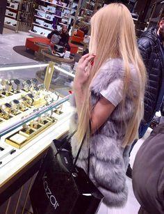 Kristen Stewart, Alena Shishkova, Luxury Girl, Glam Girl, Braids, Hairstyle, Long Hair Styles, Womens Fashion, Fashion Design