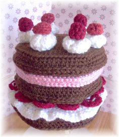 Make a Cake PDF Pattern by KTBdesigns on Etsy, $5.00