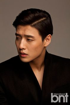Kang Ha Neul - bnt International February he's so stinkin cute Hot Korean Guys, Korean Men, Asian Actors, Korean Actors, Korean Celebrities, Celebs, Kdrama, Kang Haneul, Lee Hyun