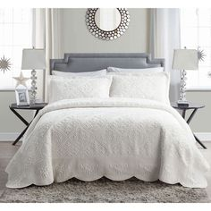 The VCNY Home Westland Quilted Plush Bedding Bedspread Set is a sophisticated take on winter warmth. The neutral shades and subtle quilted pattern makes this a perfect choice to complement any bedroom. Guest Bedrooms, Master Bedroom, Bedroom Decor, Master Suite, Guest Room, Bedroom Size, Bedroom Ideas, Casa Disney, Bed Sets
