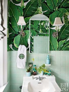 The Chinoiserie Powder Room (Chinoiserie Chic)