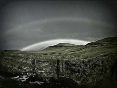 Ronan Hardiman - Dance Above The Rainbow. Pot of Gold.  annabelchaffer.com