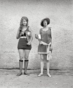 """Washington Tidal Basin Beauty Contest — August Misses Eva Fridell, and Anna Niebel."" (via Shorpy Historical Photo Archive) Vintage Beauty, Vintage Fashion, Fashion 1920s, Beauty Contest, Roaring Twenties, Beauty Pageant, Bathing Beauties, Vintage Pictures, Weird Pictures"