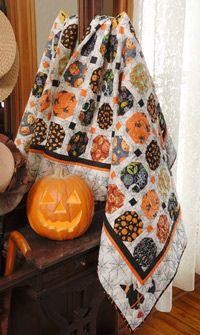 Happy Howling: Halloween Scrap Quilt
