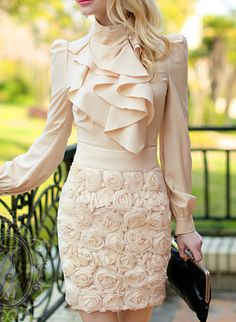 Gorgeous blouse and 3D mini skirt! Women's work fashion clothing outfit