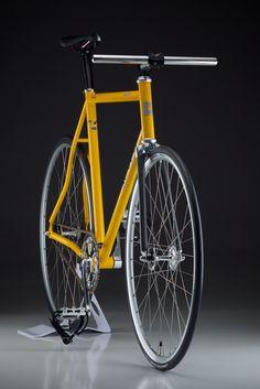 Sassy | Seven Steel Track Bike Panasonic GF1+Leica Macro Elm… | Flickr