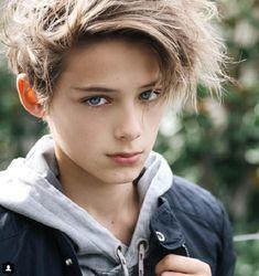 Đây là nam thần nước Úc 13 tuổi, đẹp như truyện tranh đang gây sốt khắp châu Á! - Ảnh 4.