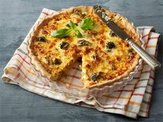 Syyssadon piiras Vegetable Pizza, Quiche, Food And Drink, Vegetables, Breakfast, Ideas, Quiches, Vegetable Recipes, Thoughts