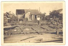 Damage from 1918 Storm in Lake Charles Louisiana Gumbo, Lake Charles, Southern Style, Vintage Photographs, Historical Photos, Family History, French, Painting, Historical Pictures