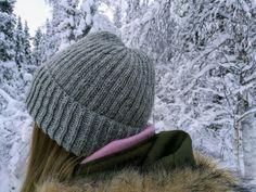 Basic Brioche Hat Pattern Beanie Knitting Patterns Free, Beanie Pattern Free, Knitting Stitches, Knitting Yarn, Free Knitting, Free Pattern, Knit Patterns, Knitting Tutorials, Cable Knit Hat