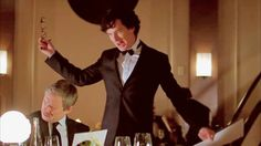 [sherlock 3.01 • guess who's back] this was just too funny.  Poor John.  Bad thinking on Sherlock's part :P