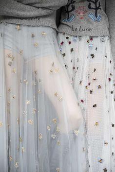 Backstage : le premier défilé de Maria Grazia Chiuri pour Dior vu par Mehdi Mendas