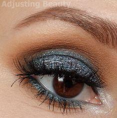 Blue Glittery Smoky Eye Makeup