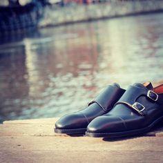 http://chicerman.com  patinepl:  #yanko #yankoshoes #yankostyle #yankolover #yankolovers #shoes #shoe #shoestagram #shoeporn #shoeslover #saphir #shoecare #fashion #fashionlover #instafashion #menswear #style #styleformen #gentleman #gentlemen #classy #classic #classicshoes #patineshoes #patinepl #buty #schuhe #mnswr #monks  #menshoes