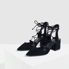 ZARA - WOMAN - LACE-UP POINTED HIGH HEEL SHOES