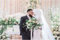Lush floral winter wedding, Pearl Decor - Photography by Emma White Gowns, White Dress, Wedding Bride, Wedding Day, Bride Groom Poses, Muslim Brides, Wedding Bouquets, Wedding Dresses, Ottawa