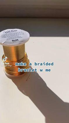 Diy Jewelry Unique, Handmade Wire Jewelry, Diy Crafts Jewelry, Bracelet Crafts, Wire Jewelry Designs, Diy Bracelets Patterns, Diy Bracelets Easy, Diy Crafts To Do, Diy Crafts Hacks