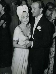 Olivia de Havilland and David Niven