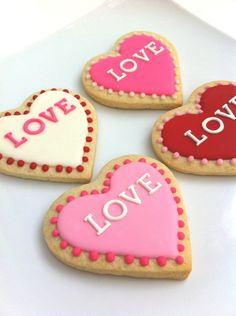 VALENTINE'S DAY LOVE Big Hearts (1 cookie). $3.00, via Etsy.