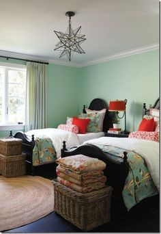 Coral, Navy & Mint (wish could find the comforter at foot of bed)