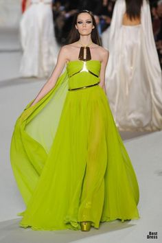 Gorgeous color and I'm loving the hardware!    Stephane Rolland HAUTE COUTURE 2012