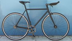 Mission Bicycle 766 Valencia http://www.bicycling.com/bikes-gear/recommended/cheap-city-and-commuter-bikes-youll-love/slide/7