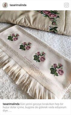 Cross Stitch Art, Cross Stitching, Baby Knitting Patterns, Shag Rug, Diy And Crafts, Towel, Blanket, Creative, Handmade