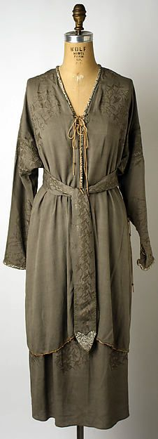Ensemble (image 1) | Mariano Fortuny | Italian | 1930 | silk | Metropolitan Museum of  Art | Accession Number: 1973.101a–c