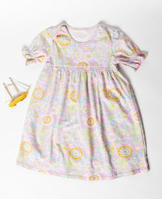 TWEEN BUTTERBEE LAP DRESS  $48.00 | Sz 8