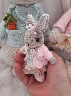 Irresistible Crochet a Doll Ideas. Radiant Crochet a Doll Ideas. Crochet Bunny Pattern, Crochet Rabbit, Crochet Bear, Cute Crochet, Crochet Dolls, Crochet Animals, Crochet Motifs, Crochet Buttons, Crochet Patterns