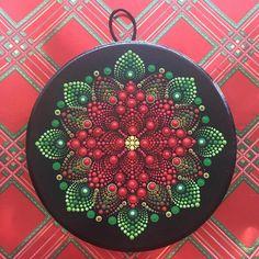 Dot Art Painting, Rock Painting Designs, Mandala Painting, Painting Patterns, Mandala Canvas, Mandala Dots, Mandala Pattern, Christmas Mandala, Christmas Art