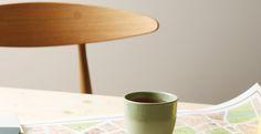 WASHED LINEN 10679 Farge Interiør | Jotun.no B2c, Jotun Lady, Desk Lamp, Table Lamp, Color Inspiration, Colours, Living Room, Interior, Home Decor