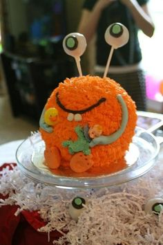 Little Monster Baby Shower Cake - make into a cupcake with a cakepop on top! @Brittany Morgan