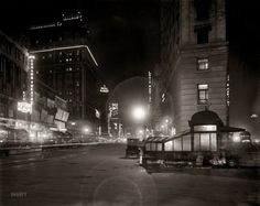 1911, NYC. Broadway at night.-- I was born in the wrong time erra