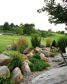 Cool 80 Front Yard Rock Garden Landscaping Ideas https://insidecorate.com/80-front-yard-rock-garden-landscaping-ideas/ #landscapingideas