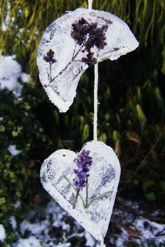 Make your own icy mobiles. Love this idea for winter and the lavender is lovely.