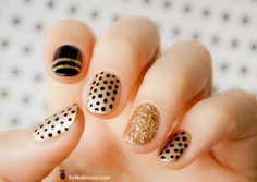 Cute Polka Dot Nail Art. Polka dot is a pattern consisting of an array of filled circles. http://hative.com/cute-polka-dot-nail-designs/